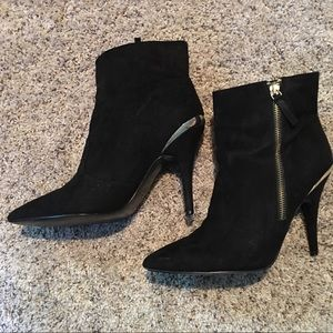 Guess Black Suede Booties - Size 9.5M